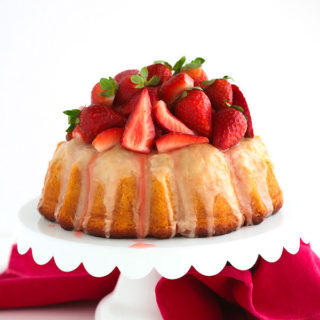 Glazed Vanilla Bean Bundt Cake {with macerated strawberries}