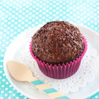 Chocolate Cloud Cupcakes