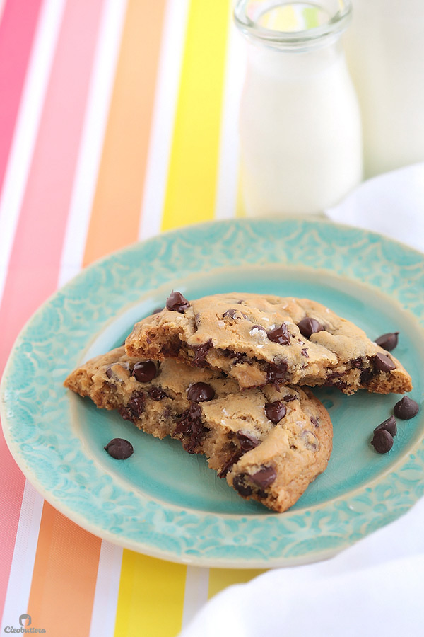 Recipe for 1 giant thick and chewy chocolate chip cookie! Perfect for those moments when all you need is a cookie, but too lazy to make an entire batch. (Can also make 2 regular sized cookie or mini skillet cookies a la mode!)