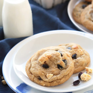 Blueberries 'n Cream Cookies