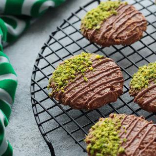 Chocolate Konafa Cookies